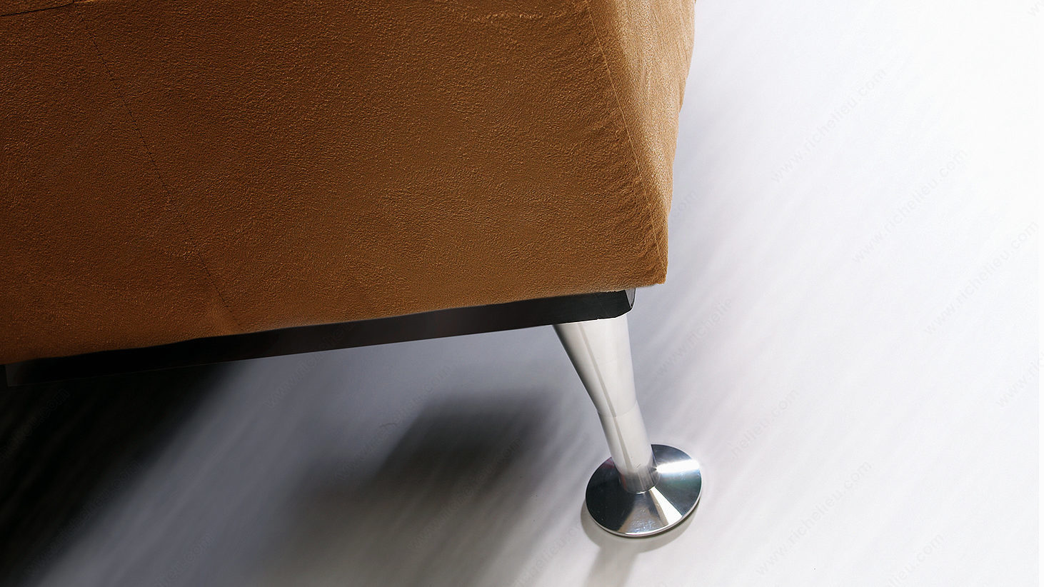 patte de meuble contemporaine. Black Bedroom Furniture Sets. Home Design Ideas
