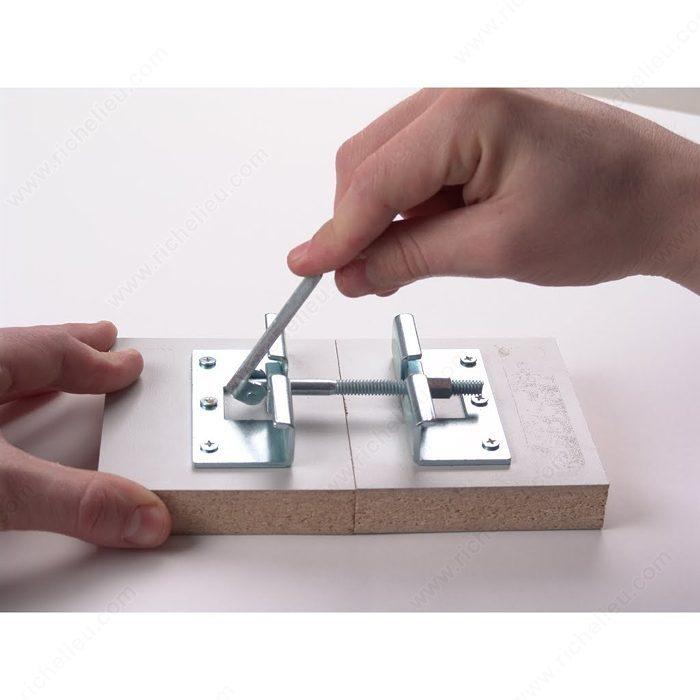 J Hook Connector For Surface Mounting Flipbolt Richelieu