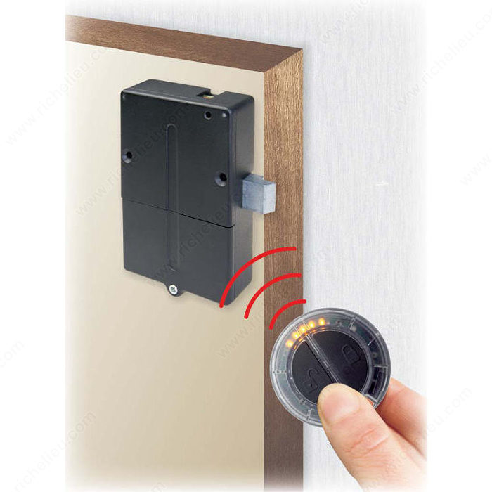 electronic lock remote control richelieu hardware. Black Bedroom Furniture Sets. Home Design Ideas