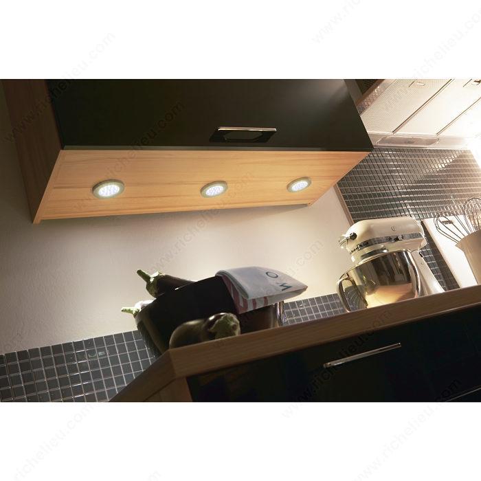 led puck light 1 2 w 24 v richelieu hardware. Black Bedroom Furniture Sets. Home Design Ideas