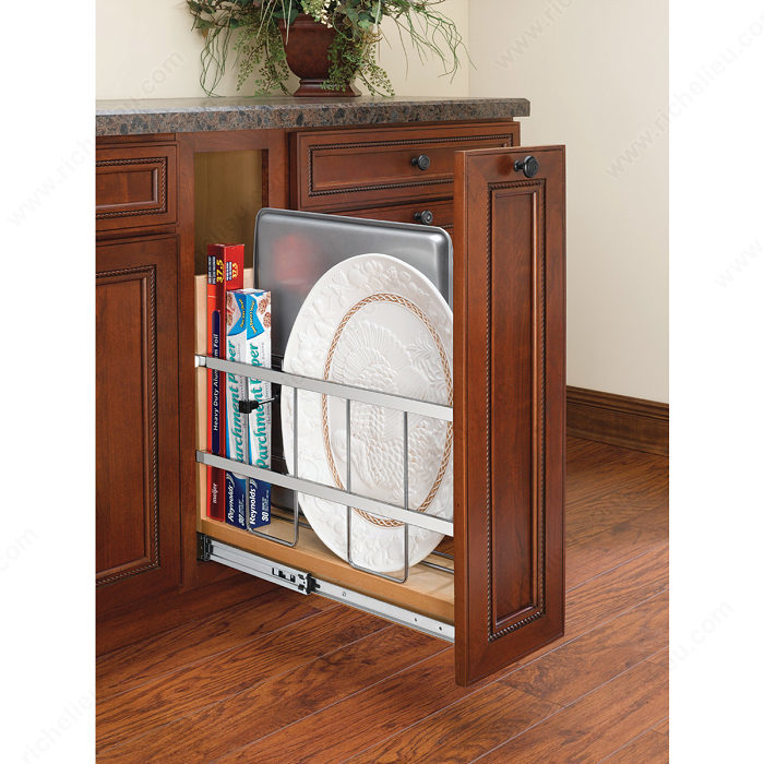 Pull out base cabinet organizer richelieu hardware - Bathroom cabinet organizers pull out ...