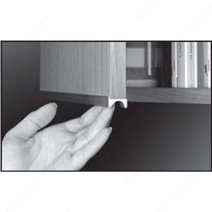 "Contemporary Finger Grip Pull Handle For 5/8"" Panel"