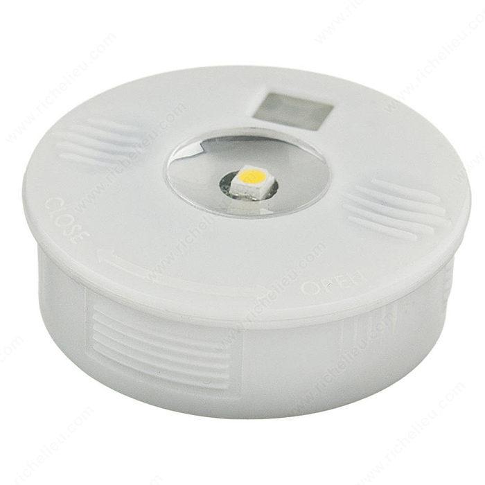 Luminaire del piles pour les armoires et le mobilier for Quincaillerie luminaire