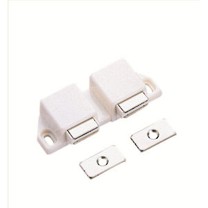 Double Magnetic Latch