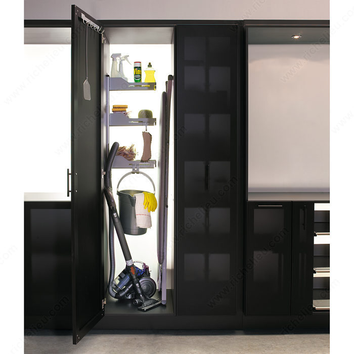 syst me de rangement pour armoire balai sesam quincaillerie richelieu. Black Bedroom Furniture Sets. Home Design Ideas
