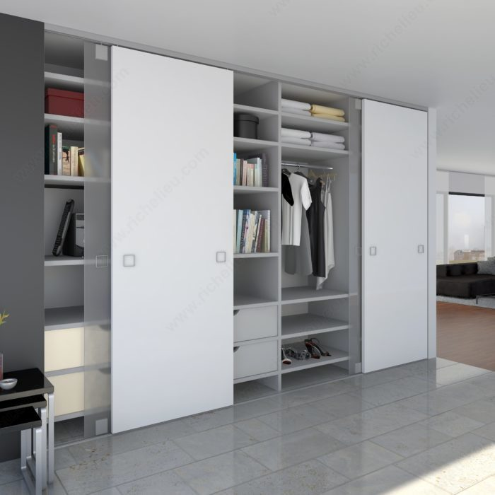 System With Continuous Bottom Guide Profile For Room Height Sliding