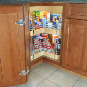 System with Two Swiveling Shelves and Drawers