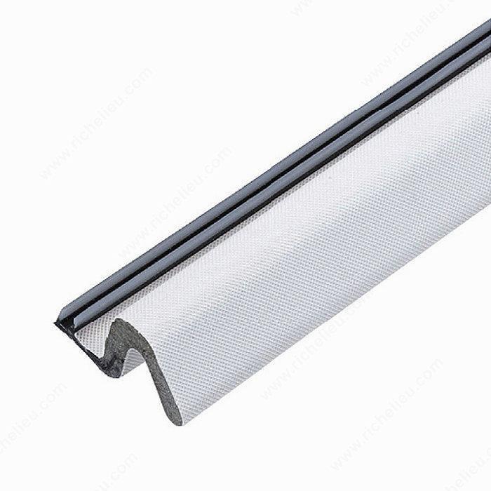 Foam weather seal for door contour richelieu hardware for Exterior door corner seal pads