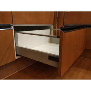 "Standard 908 Drawer Sets with 135 mm (5 5/16"") Height and Gallery Rod"
