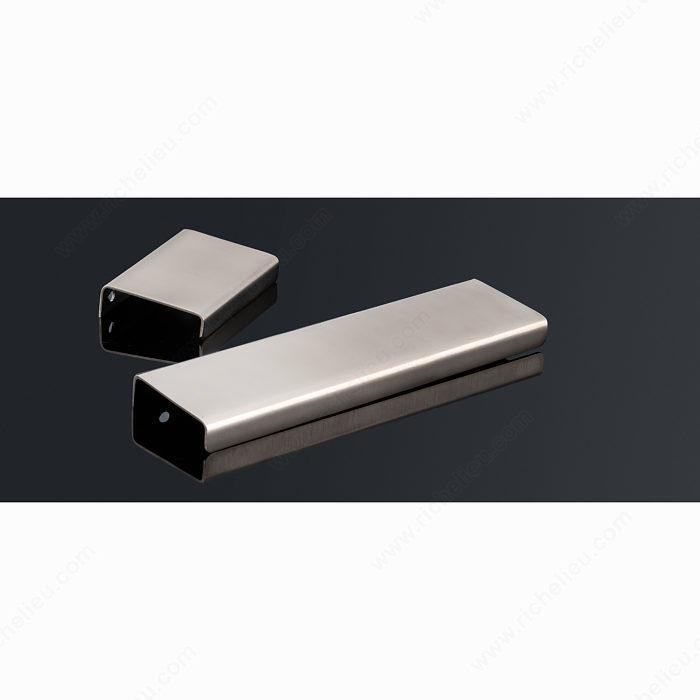 contemporary brass edge pull 71055 richelieu hardware. Black Bedroom Furniture Sets. Home Design Ideas