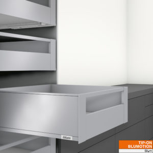 Inner drawer C Height with Front Band and Tube - TIP-ON BLUMOTION