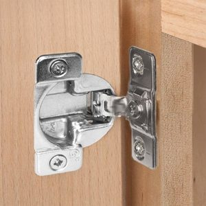 TEC Self-Close Hinge