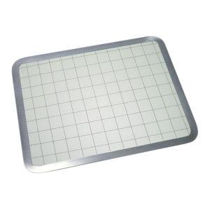 Plancha para cortar en vidrio richelieu hardware for Planchas para forrar banos