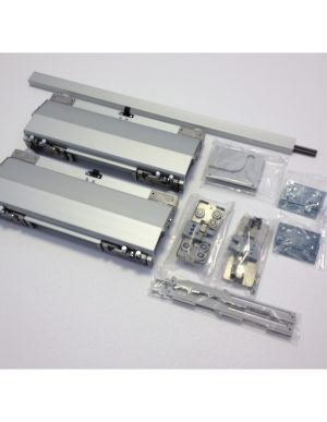 A fil 2 coplanar system for 2 wide cabinet doors for Kitchen cabinets 900mm wide
