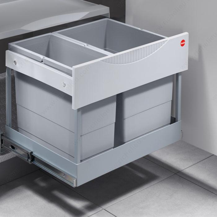poubelle coulissante en plastique quincaillerie richelieu. Black Bedroom Furniture Sets. Home Design Ideas