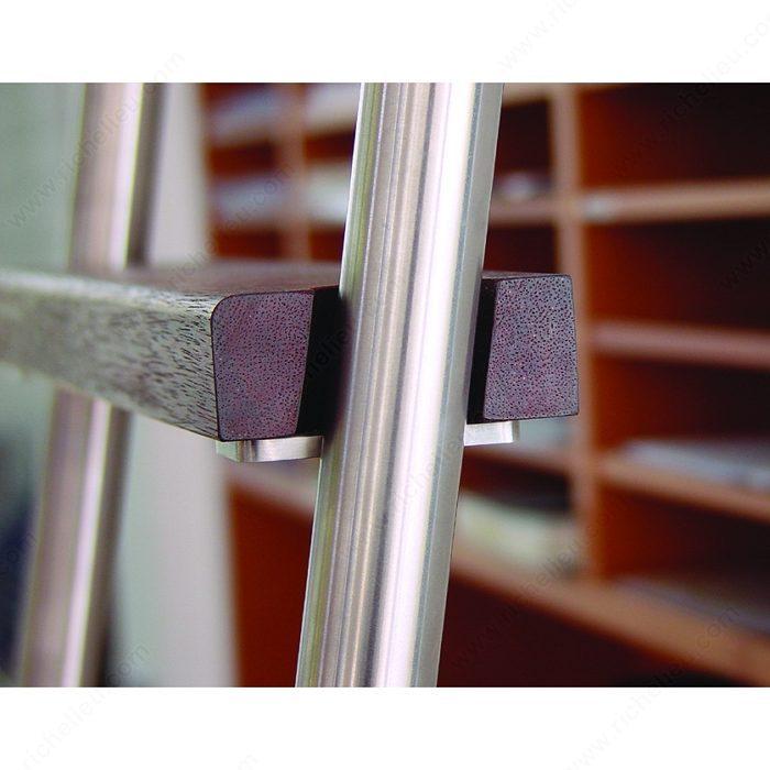 Oak Step For Sliding Ladder Richelieu Hardware