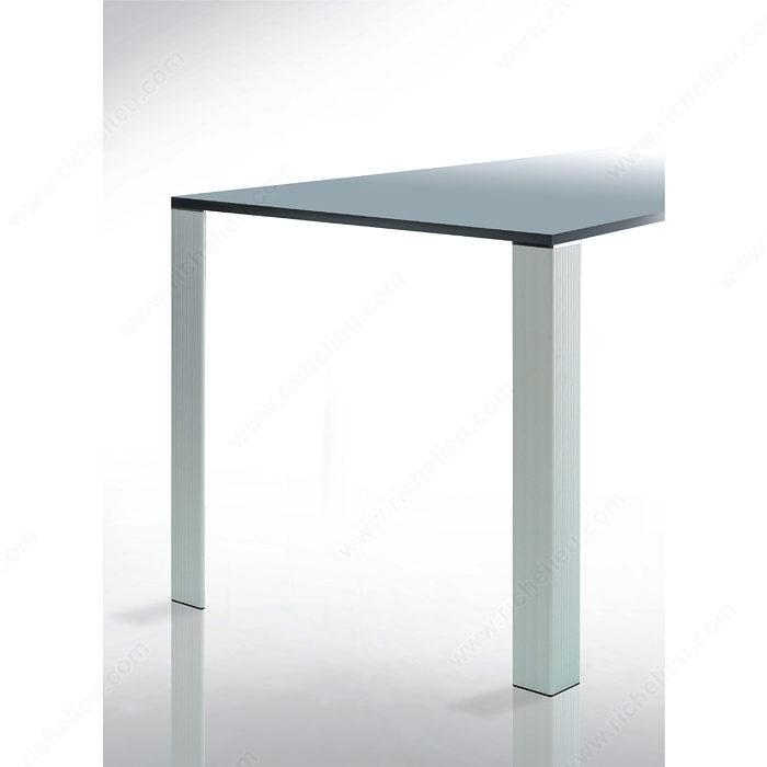 patte de table design triangulaire 700 mm 27 1 2 po. Black Bedroom Furniture Sets. Home Design Ideas