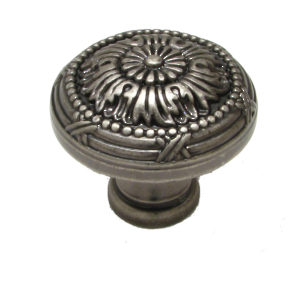 Traditional Metal Knob - 8246