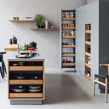 Fioro stylish pull-out shelves