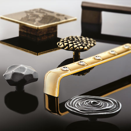AUTORE Collection decorative hardware